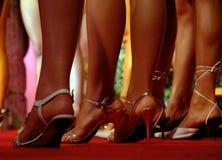 Modelos que esperam na linha (*) Foto de Stock Royalty Free