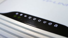 Modem de ADSL e ponto de acesso do wifi no estado de trabalho filme