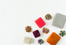 Modemodell Jewelry Tappningsmyckenbakgrund  Lekmanna- lägenhet Royaltyfri Fotografi