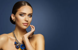 Modemodell Makeup, stående för smink för framsida för Elegan kvinnaskönhet arkivbilder