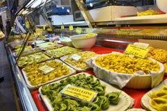 Modena, Emilia Romagna, Italia Pasta riempita: agnolotti di cappelletti immagini stock libere da diritti