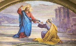 MODENA, ITALIË - APRIL 14, 2018: De fresko Jesus die de sleutels verzenden aan Peter in kerk Chiesa Di San Pietro stock foto