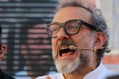 Modena, Italia, dicembre 2018, cuoco unico Massimo Bottura in un evento pubblico in piazza Roma, Modena, Italia fotografia stock
