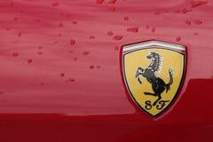 MODENA, ITALIA, maggio 2017 - mostra classica della raccolta dell'automobile, guarnizione di Ferrari Immagine Stock Libera da Diritti