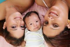 Moder med dottern och fastern Royaltyfria Foton
