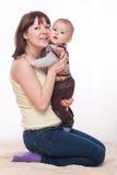 Moder och son arkivfoton