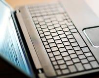 Modern öppen bärbar datoranteckningsbokdator Royaltyfria Foton