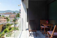 Free Modern Apartment Balcony With Glass Parapet Royalty Free Stock Photos - 125336258