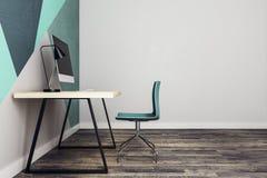 Modern arbetsplats i inre sida Arkivfoto