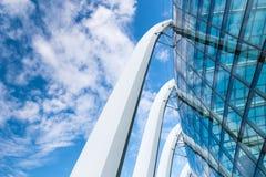 Modern architecturaal en voorgevel openluchtontwerp , Structureel ontwerp Stock Afbeeldingen