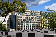 Modern architectures and Holocaust memorial in Berlin, Germany Stock Photography