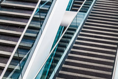 Modern arkitektonisk trappuppgångdetalj Arkivbild