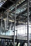 Modern arkitektur av flygplatsen Arkivbilder