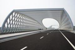 Modern arkitektur, bro Fotografering för Bildbyråer