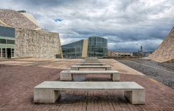 Modern arkitektur, museet, stad av kultur av Galicia, den Cidade da culturaen de Galicia, planlade vid Peter Eisenman, Santiago d fotografering för bildbyråer