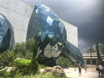 Modern arkitektur, museum Arkivfoton