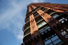 Modern arkitekturbyggnadshimmel Arkivfoto