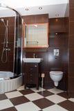 Modern badkamersbinnenland Stock Fotografie