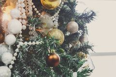Modern bakgrund för garnering för julträd Arkivfoton
