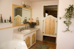 Modern bathroom. The bathroom of a recently remodeled home Stock Photography