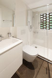 Modern bathroom with shower Royalty Free Stock Photography