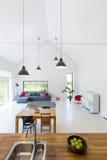 Modern binnenland van losgemaakt huis stock fotografie