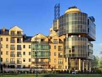 Modern bostads- och kontorsarkitektur av Warszawa, Polen Arkivbild