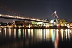Modern bro över huvudfloden, Frankfurt Arkivfoton