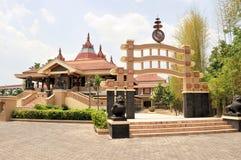 Modern buddistisk tempel, solo, Java, Indonesien Royaltyfri Fotografi