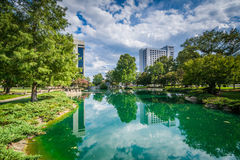 Modern buildings and lake at Marshall Park, in Uptown Charlotte,. North Carolina Royalty Free Stock Photography