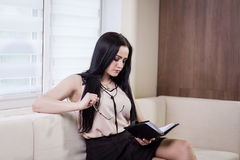 Modern business woman in the office with copy space,Close up por Stock Image