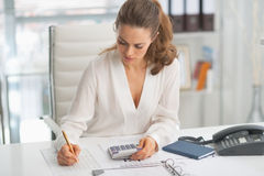 Modern business woman working in office Royalty Free Stock Image