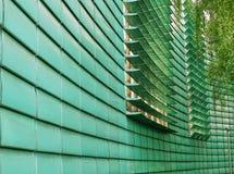 Modern byggande fasad med justerbara luftventiler royaltyfri fotografi