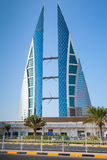 Modern byggnad av den Bahrain World Trade Center, Manama Royaltyfria Bilder