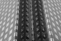 Modern byggnad för Backgound väggfönster Arkivfoton