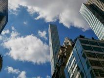 Modern byggnad för 432 Park Avenue, Manhattan Arkivfoto