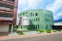 Modern byggnad i i stadens centrum Vaduz Royaltyfria Foton