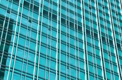 Modern byggnad med blått exponeringsglas Royaltyfri Bild