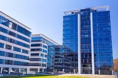 Modern byggnadsarkitektur av Olivia Business Centre Arkivbilder