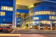 Modern byggnadsarkitektur av Olivia Business Centre i Gdansk Arkivfoton