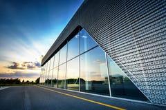 Modern byggnadsbakgrund Arkivbilder