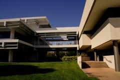 modern byggnadscatwalk Arkivbilder