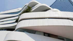 Modern byggnadsform Arkivfoto