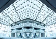 Modern byggnadsinterior Arkivfoton