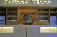 Modern cafeteriainre Royaltyfri Fotografi