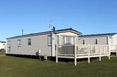 Modern caravanhuis in aanhangwagenpark Royalty-vrije Stock Foto's