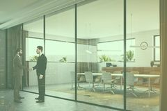 White and wooden meeting room people side Royalty Free Stock Photos