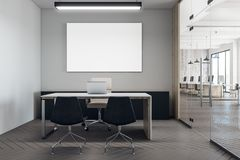 Modern coworking bureau met aanplakbord Royalty-vrije Stock Foto