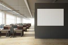 Modern coworking bureau met banner royalty-vrije stock afbeeldingen