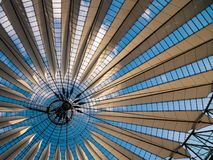 Modern dak Royalty-vrije Stock Afbeeldingen